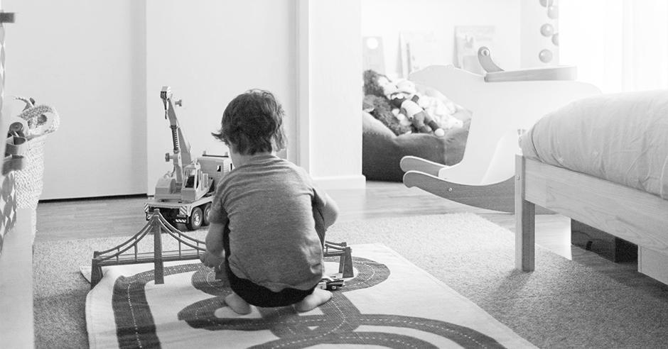 Motherhood & Minimalism